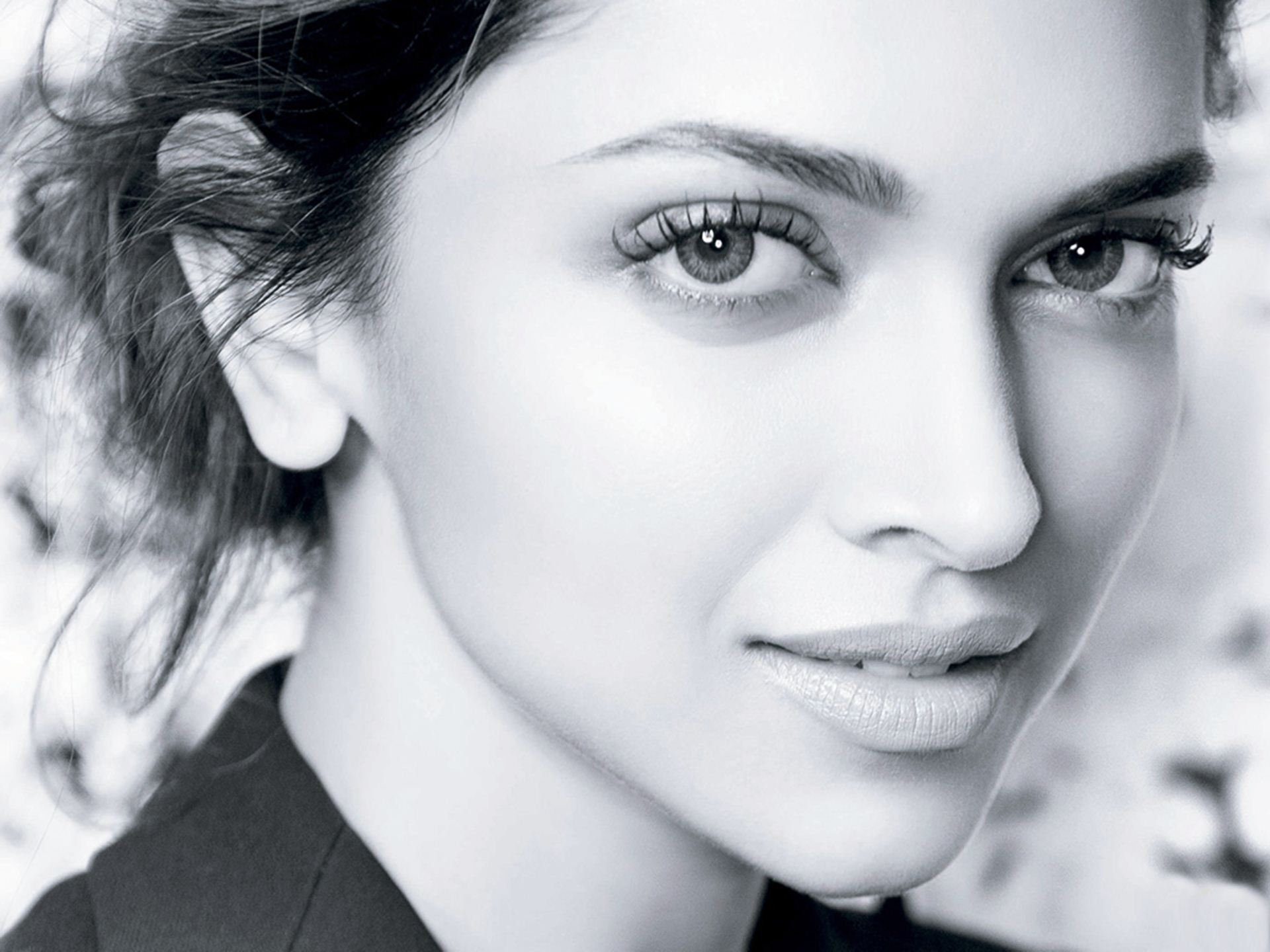 Deepika Padukone Black And White Face