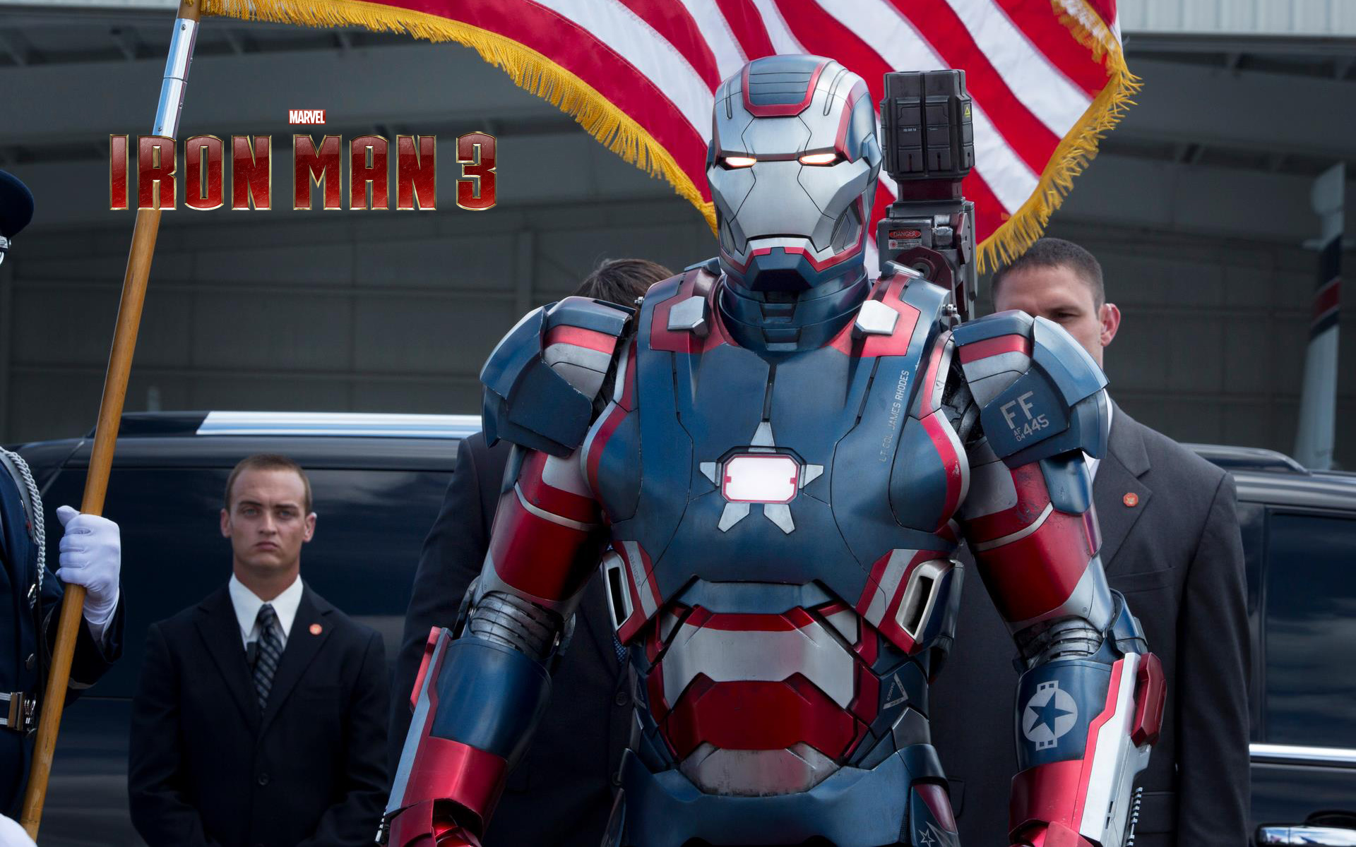 iron patriot in marvel iron man 3 movie